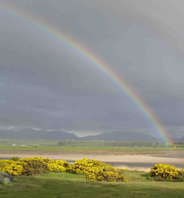 rainbow_over_estuary_with_snowdon_in_background